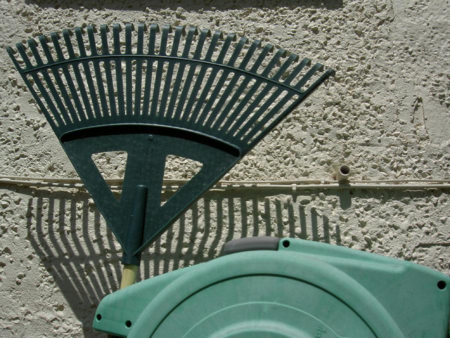 green stuff rake
